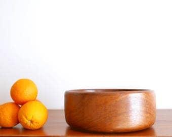 Vintage teak wood salad bowl, 1950s / danish modern, mid century, scandinavian design, fruit basket
