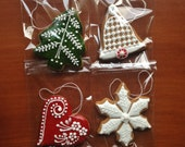 Hungarian Christmas gingerbread ornament! (4 pieces)