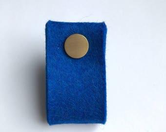 door handle in royal blue