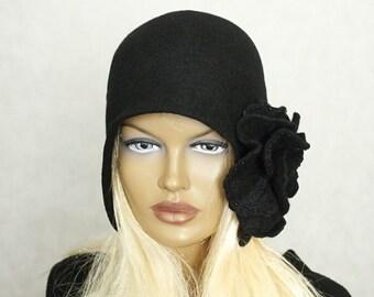 Black hat,  Felted hat, Felt hat, Hat felted 1920s , Great Gatsby style hat ,Merino wool Retro hat Retro cap