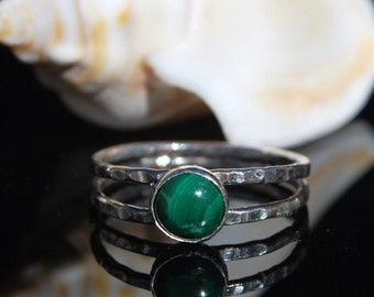 Malachite Ring - Sterling Silver Ring - Hammered Silver Ring - Green Gemstone Ring - Malachite Jewelry - Artisan Jewelry - Southwestern Ring