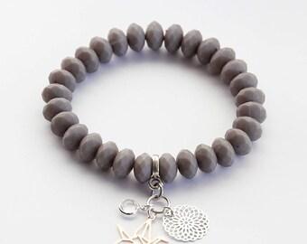 Bracelet in grey