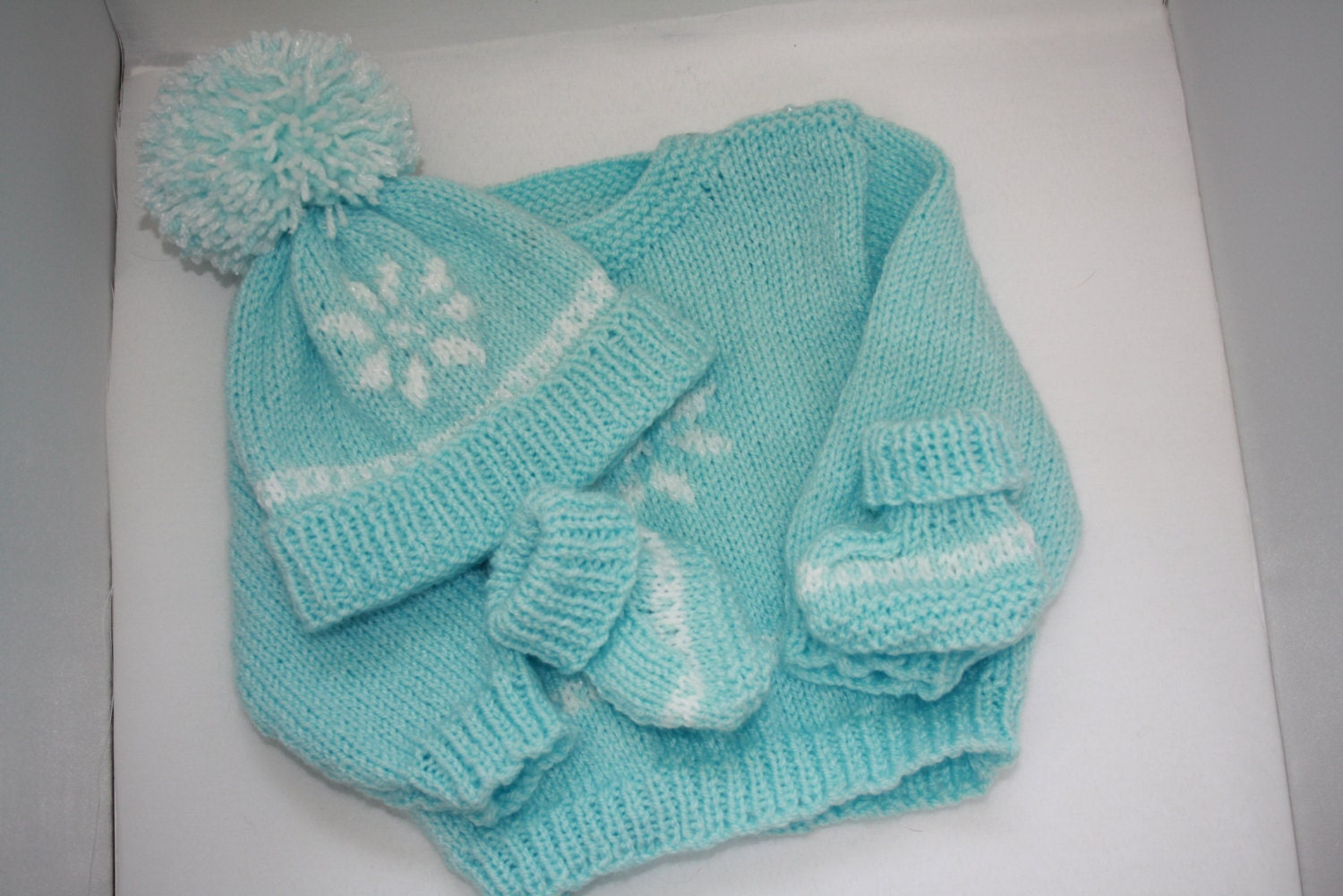 Hand knitted Baby clothes set Knitted baby sweater hat and