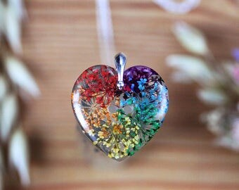 Real Flower Rainbow Necklace - Lace Flowers , Botanical Jewellery , Pressed Flower Necklace , Wildflower Necklace , Gifts for Her , Rainbow