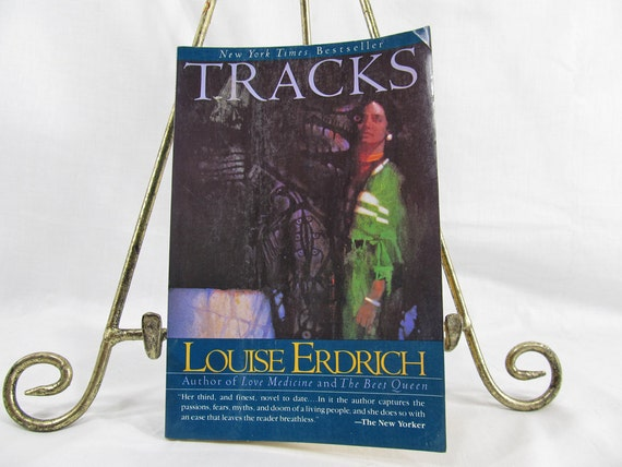 Tracks, Louise Erdrich, Published by Harper & Row, New York (1989)  Softcover Vintage Book Author of Love Medicine, The Beet Queen