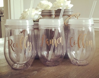 Personalized Wine Tumbler with glitter, Stemless Acrylic Wine Tumbler, Bridesmaid Gift, Bev2go, Custom Monogrammed Tumbler, Bachelorette Par
