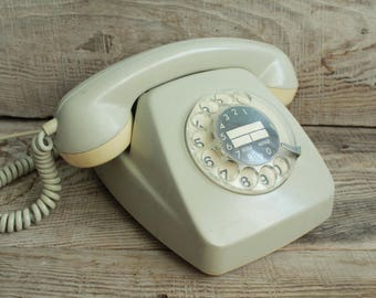 Vintage rotary phone / retro phone  / circle dial rotary telephone / vintage landline phone / Old Dial Desk Phone