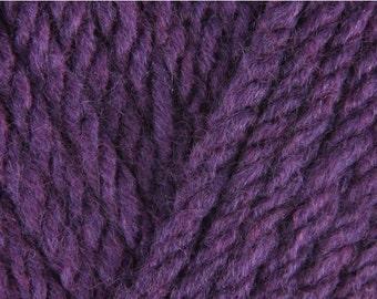 Sirdar Hayfield Chunky Yarn - Colour: Aubergine - Knitting and Crochet Yarn (Hayfield Yarn, Yorkshire, England)