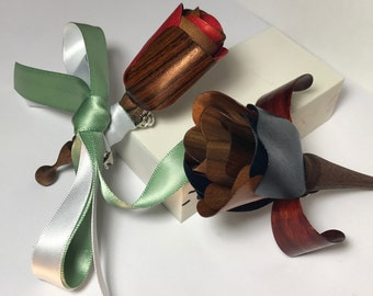 Groomsmen Boutonniere Package - 5 Boutonnieres