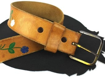 Carmel Brown Leather Belt with Painted White Blue & Red Flowers size US 34