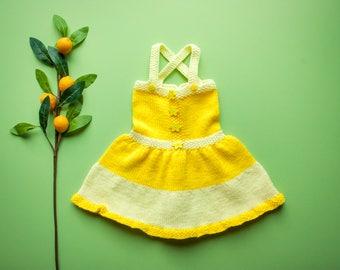 Vintage 70's SUNSHINE YELLOW Stripe Crochet Knit Dress / Huge Flower Buttons / Criss Cross Straps / Full Skirt / 2t 3t Toddler Baby Girl
