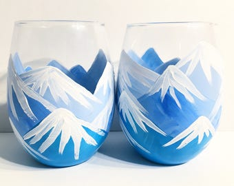 Snowy Mountain Stemless Wine Glasses