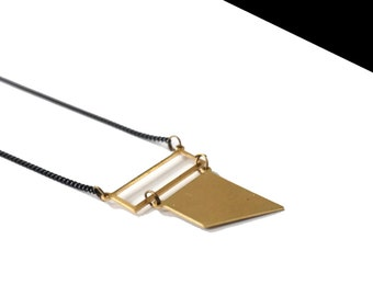 Necklace mini gold strap.