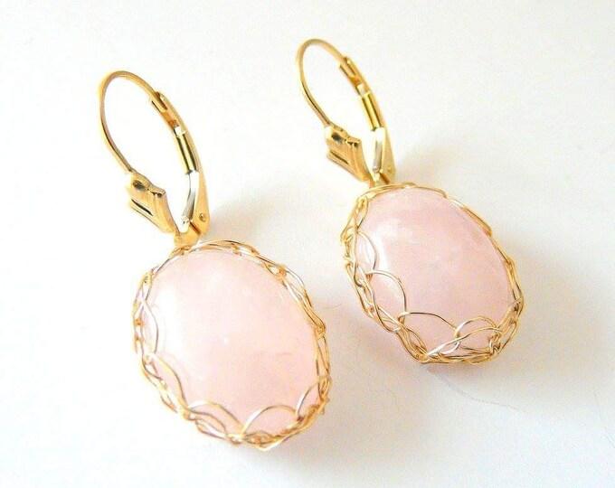 Quartz gold filled earrings. French handmade jewelry. Wire crochet jewelry. Shipping worldwide. Woman Taurus. April Birthstone gift
