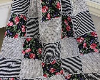 Rag Quilt, Baby Rag Quilt, Baby Girl Quilt,Black and White Stripes, Flower Nursery, Flowers Baby Quilt, Ready To Ship