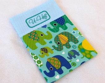 U-heft hull elephant mint with light blue dots