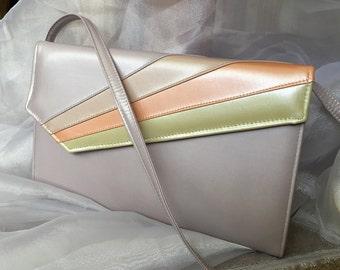 Vintage 1980's purse- lavender- purple purse- vintage shoulder bag- retro- envelope purse *FREE SHIPPING