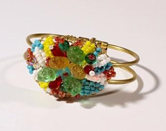 Vintage-Czech-hand- Vintage Czech hand wired glass beaded fruit basket gold tone clasp bracelet 27-22