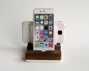 Wood Charging Station for 2 devices / Walnut Wood and White Acrylic Stand for 2 Smartphones or Tablets / iPhone Dock / Wood iPad Dock