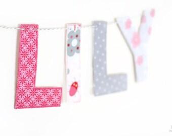 Articles similaires guirlande pr nom fille d co chambre b b banderole de lettres deco rose - Tenture chambre bebe ...