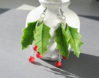 Christmas earrings, christmas jewelry, christmas gifts, holly berry jewelry, holly earrings, holiday earrings, xmas gifts