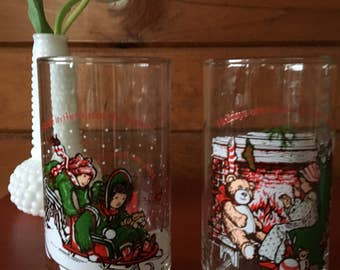 Set of 2 Vintage Holly Hobbie holiday limited edition Coca Cola glasses.