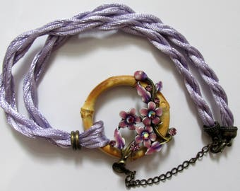 Bamboo round pandant lilac  rope cord choker 1990s necklace. UK SELLER.