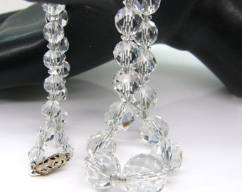 """Hand Faceted Crystal Necklace Graduated Beads Strung On Silver Chain 17"""" teamvintageusa ecochic team"""