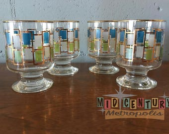 Set of 4 Mid Century Modern Libbey Nordic Pedestal Glasses.