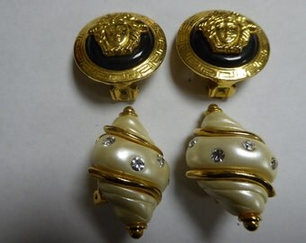 Gianni Versace and Kenneth Lane clips, original, signed. Two pairs of clips.