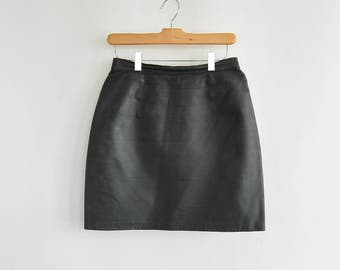 "Black Leather Skirt Newport News Leather Mini Skirt  26.5"" waist 39"" hips Vintage 90's Era High Waist Leather Skirt"