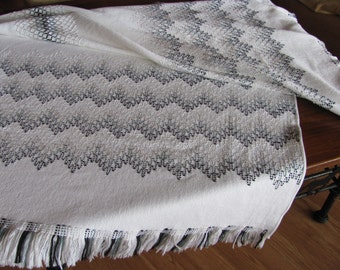 50 Waves of Gray Swedish Weaving Blanket Pattern