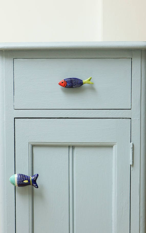 Colorful fish shaped ceramic door knob for kitchen for Bedroom bureau knobs