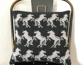 Unicorn cushion, knitted unicorn cushion, lambswool cushion, machine knitted, handmade cushion, unicorn cushion, animal cushion,