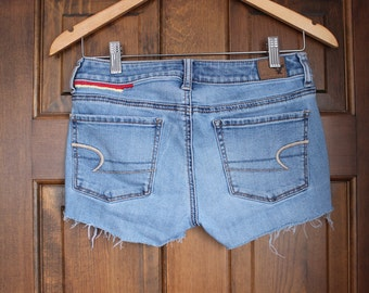 upcycled hand embroidered denim shorts size 4