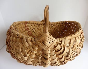 Vintage Split Oak Butocks Gathering Basket. Farmhouse Decor