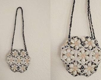 Seashell Purse. Shell Purse. Floral Purse. Vintage Purse.