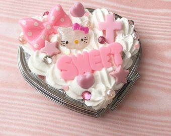 Pink Bow Kitty Decoden Mirror