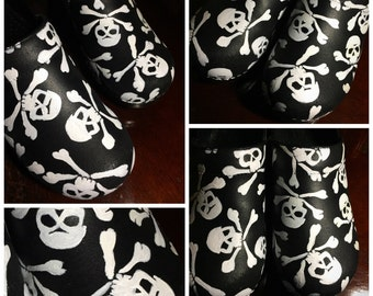 Custom painted Skull and Bones/X-Ray/Radiology/Halloween Clogs. Designed and personalized just for you!