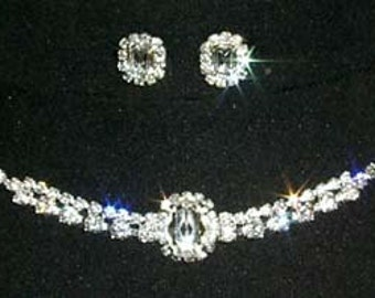 Style # 12873 Oval Center Necklace and Earring Set