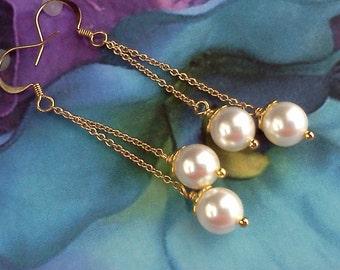 Swarovski Pearl Earrings, Pearl Dangle Earrings, Pearl Drops, Handmade Earrings, Bridal Earrings, June Birthstone Earrings, White Pearls