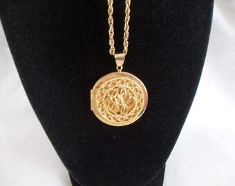 Round Gold Locket Pendant Necklace, Round textured style, Vintage long gold chain, gift for her, vintage locket pendant, gingerslittlegems