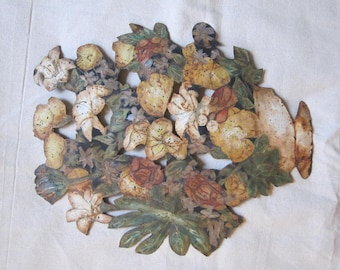 Shabby Chic Metal Bouquet Wall Hanging