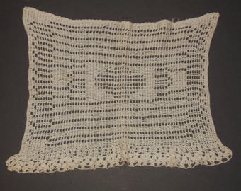 Vintage Crotchet Lace Doily Table Topper Dresser Scarf Off White Lot of 3 Round Rectangular