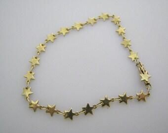 Charming 14k Yellow Gold Star Link Bracelet
