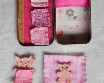 Altoid road trip pig play set,summer travel,stuffed animal,bedtime,girl,felt,church or purse toy,quiet,sleepover,travel,piggies,personalize