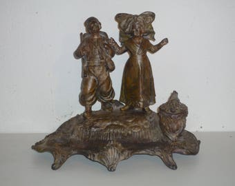 Beautiful French Inkwell signed A.Bossu regulates  Alsatian couple of children 1880 / 1900 Antique French Home decor