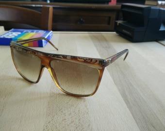 80s Laura Biagiotti p18 made in italy sunglasses