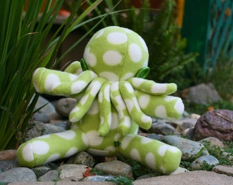 Buddy Size Cthulhu // Limited Edition // Gifts for Kids or Collectors // Lovecraft Fans