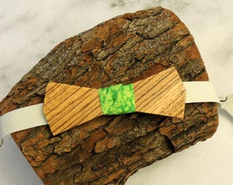 Zebrawood bow tie; Green patterned fabric center tie; Wooden bow tie; Unique bow tie; Handmade bow tie